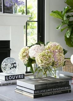 Laurel Bern's blog Laurel Home is full of inspiring ideas and helpful tips. Here she explains how to style a coffee table just like the pros do.
