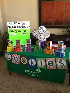 great looking cookie booth. Full size pages for letters Girl Scout Cookie Meme, Girl Scout Cookie Sales, Brownie Girl Scouts, Girl Scout Swap, Girl Scout Leader, Girl Scout Troop, Scout Mom, Girl Scout Daisy Activities, Girl Scout Crafts