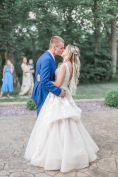 Wedding Story, Wedding Day, Essense Of Australia Wedding Dresses, Wedding Stills, Wedding Bouquets, Ball Gowns, Brides, Flower Girl Dresses, Elegant