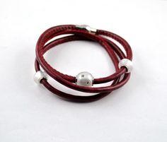 Kunstleder-Wickelarmband mit Polaris Bead Perlen von mia's dekostube auf DaWanda.com