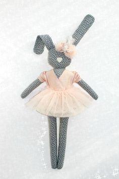 Pink Bunny - NAVYPLUM