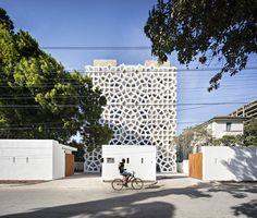 Gallery of Tudor Apartments / Urko Sanchez Architects - 1