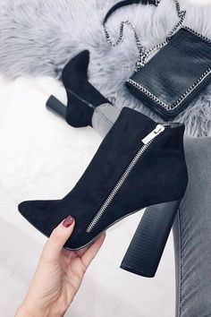 Women's fall winter fashion ankle boots outfits. Trends spring autumn casual c… Women's fall winter fashion ankle boots outfits. Trends spring autumn casual c… – Outfits for Work – Studded Ankle Boots, High Heel Boots, Heeled Boots, Shoe Boots, High Heels, Ankle Boot Heels, Boots With Heels, Chunky Heels Outfit, Shoes Sandals