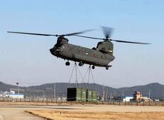 * Helicóptero CH-47 Chinook *