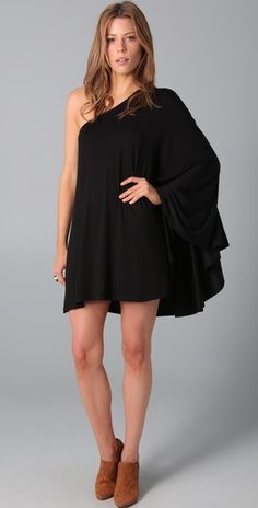 off the shoulder dresses are gorgeous.
