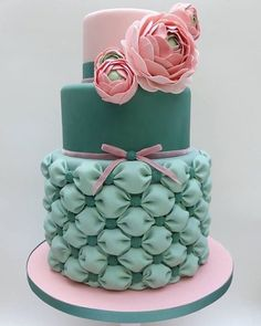 #pink #green #wedding #instacake #cakesofinstagram #cakestagram #cake #birthday #birthdaycake #girly #feminine #weddingcake