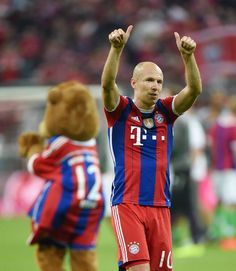 First match over, first victory on the board!  Bayern vs Wolfsburg 22.08.14
