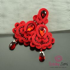 Clip on Long Red Soutache Earrings, Long Unique Red Glossy Earrings, Unique Red Sparkling Earrings, Orecchini Soutache, Statement Earrings  ***** FAST SHIPPING - order is delivered to you by COURIER SHIPMENT ***** (phone number required)!  Beautifully shining on the ear, they add a very