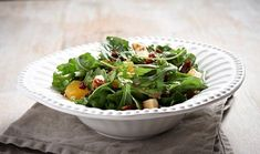Green salad with pomegranate orange sesame, sundried tomato and croutons Greek Recipes, My Recipes, Salad Recipes, Cooking Recipes, Cake Roll Recipes, Rolls Recipe, Pomegranate, Green Beans, Spinach