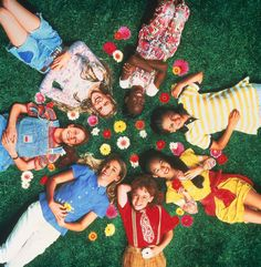This is how 'The Baby-sitters Club' characters would dress in 2015