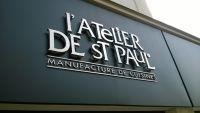 Enseigne tole tablette Avignon l'Atelier de St Paul lettres inox brossé