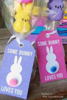 """Free printable """"some bunny loves you"""" tags for Easter!"""