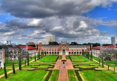 Rice University - Houston, TX    from: http://www.flickr.com/groups/houston/discuss/72157594412223392/