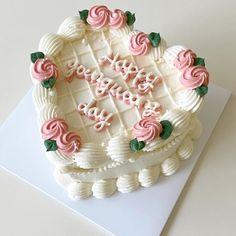 Gorgeous Cakes, Pretty Cakes, Frog Cakes, Cupcake Cakes, Cake Lettering, Korean Cake, Teen Cakes, Cute Baking, Pretty Birthday Cakes
