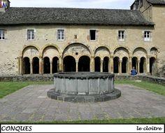 CONQUES - Aveyron --- Cloitre
