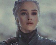 a beleza dessa mulher me assombraYou can find Daenerys targaryen and more on our website.a beleza dessa mulher me assombra Daenerys Targaryen Aesthetic, Daenerys Targaryen Art, Emilia Clarke Daenerys Targaryen, Game Of Throne Daenerys, Khaleesi, Emilia Clarke Hot, Emelia Clarke, Game Of Thones, Game Of Thrones Art