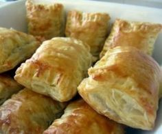 Artichoke Hearts, Sundried Tomatoes and Leeks in Puff Pastry Pockets