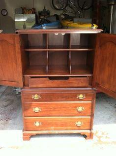 Henkel Harris Virginia Galleries Armoire Chest Dresser