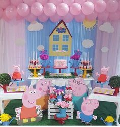 Peppa Pig Put the wedding that is very simple, elegant, and also outstanding! Peppa Pig Pinata, Peppa Pig Birthday Cake, 2nd Birthday Parties, Birthday Party Decorations, Peppa Pig Background, Pepper Pig Party Ideas, Aniversario Peppa Pig, Baby Party, George Pig