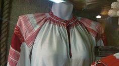 ol< Вид рубахи с прямыми поликами спереди