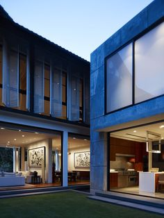 DW-House designed by ONG&ONG Pte Ltd 2 Architecture, interior, design, homes inspirations and more visit: www.yourhouseidea.com #house #housedecor #houseidea #housedesigns #housedesign #house #interior #architecture