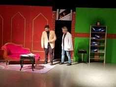 Cemil Meriç Gençlik Kültür ve Eğitim Merkezi'nde sahnelenen 'Haberin Olsun' adlı oyun izleyicilerden büyük alkış aldı.