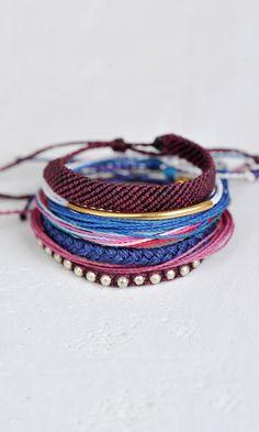 Pura Vida Bracelets - Every bracelet purchased helps provide full-time jobs for local artisans in Costa Rica. Pura Vida!