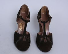 1930s T-STRAP HEELS | 20s 30s Teardrop Cut Out Brown Nubuck & Patent Flapper Shoes | size 5 / 35