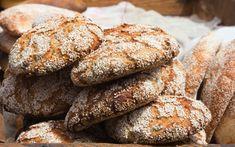 Grødboller | Lækre Morgenboller Bagt med Havegrød | Helsebixen Cookies, Chocolate, Baking, Desserts, Crack Crackers, Tailgate Desserts, Deserts, Biscuits, Bakken