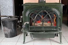 How to use wood ashed in the garden... http://youreasygarden.com/using-wood-ashes-in-the-garden/#
