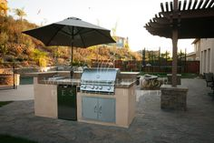 San Diego Landscaper, Western Outdoor Design|Build, BBQ Island Outdoor Kitchens  A barbeque island or outdoor kitchen can give your backyard that WOW factor you have been searching for. Western Outdoor Design and Build isn't your run-of-the-mill general contractor, and we won't propose a run-of-the-mill design plan! We create luxurious custom outdoor living spaces- and we are truly masters of our craft.