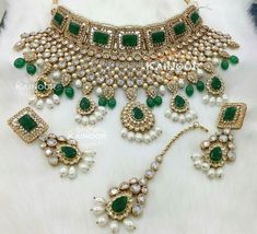 The royal set with everything! Emeralds, pearls, kundan, gold and clear stones. Set by Kainoor Kreations. Royal Jewelry, Emerald Jewelry, Indian Jewelry, Nose Jewelry, Silver Jewelry, Pakistani Jewelry, Silver Rings, Clay Jewelry, Bridesmaid Jewelry Sets