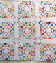 Superb HST quilt from Red Pepper Quilts.