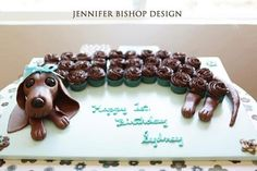 weiner dogs, not just for hot dogs anymore. I would love this for my birthday cake!