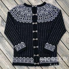 Telemarkskofte med rundfelling Sweaters, Handmade, Fashion, Moda, Hand Made, Fashion Styles, Sweater, Fashion Illustrations, Sweatshirts