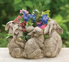"""""""Circle of hares"""" ~ holds 6"""" pot"""
