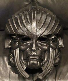 Lord Marshal Helmet from Riddick by PredatrHuntr.deviantart.com on @DeviantArt