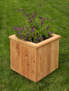1000 images about wooden flower pots on pinterest - Wooden containers for flowers ...