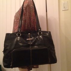 Strada nice purses Very nice with so many pocket big in excellent shape Strada Bags Shoulder Bags
