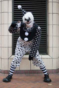 "drippy-the-clown: ""hOnk hoNK! :o) """