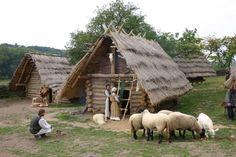 Výsledek obrázku pro archeoskanzen Cabin, Horses, House Styles, Animals, Home Decor, Animais, Homemade Home Decor, Animales, Animaux