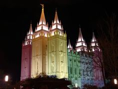 In December 2013, #Utah kicked-off #MarriageEquality in the United States. Just like the #WhiteHouse, this is how the #Mormon Church celebrated #LGBTrights in June 2015 when #SCOTUS ruling made same-sex marriage legal nationwide :)