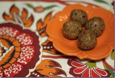 Chocolate Chip Protein Ballz Adapted from Shweddy Balls -2 T vanilla or chocolate protein powder of choice -2 T of almond butter (drippy alm...