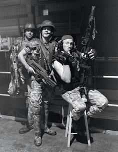 Colonial Marines behind the scenes on #Aliens (1986)