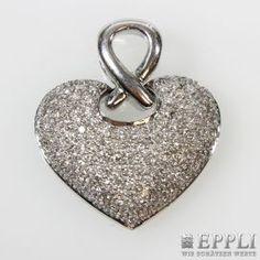 "Pendant ""heart"", set with Diam -. Brilliant-cut approximately 2.6 cts, TW W / VSI-SI. WG 18 K. * Leg. 750/000 * 18.6 g weight Starting Bid: € 3,600.00"