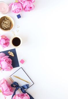 Styled stock photo by flowerettelv, Creative Market Cute Wallpapers, Wallpaper Backgrounds, Iphone Wallpaper, Iphone Backgrounds, Blog Backgrounds, Mises En Page Design Graphique, Iphone Hintegründe, Oriflame Cosmetics, Wall Paper Phone