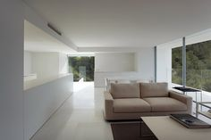 House on a Cliff, Spain | Porcelanosa