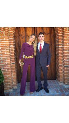 La invitada perfecta -Cinturón joya con hojas doradas para novia e invitada  disponible para su alquiler on-line en dresseos.com 2ff60fd02a8e
