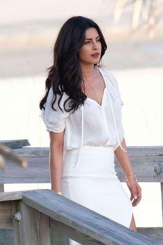Baywatch New Trailer: Priyanka Chopra is Stunning