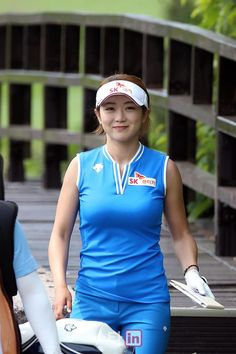 Girls Golf, Ladies Golf, Golf Cart Covers, Golf Baby, Sexy Golf, Golf Magazine, Golf Cart Batteries, Lpga, Bollywood Actress Hot